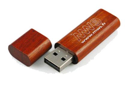 Holz-USB-Sticks mit Ihrem Logo bedrucken » laprinta.de
